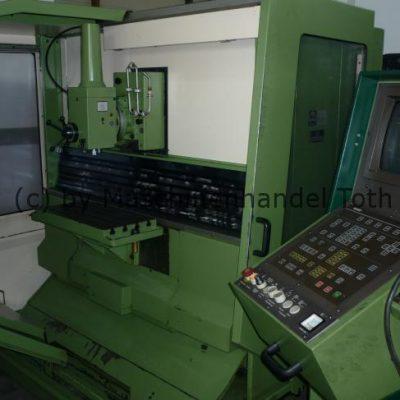 CNC Fräsmaschine Maho 300 C wegen Geschäftsaufgabe